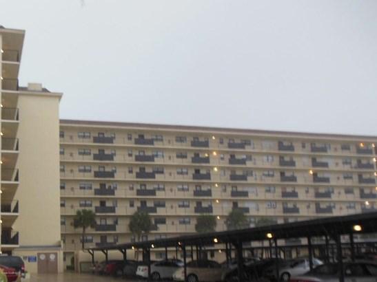 Condominium, 3+ Stories - Indian Harbour Beach, FL (photo 2)
