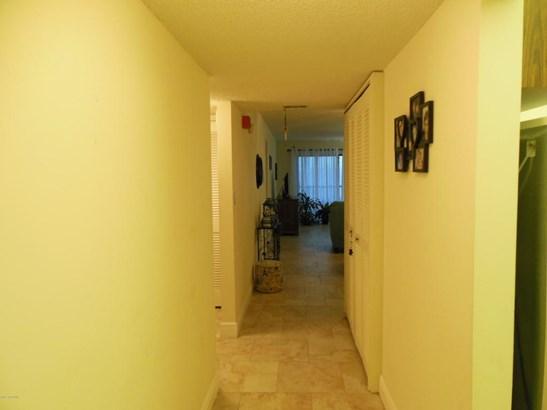 Condominium, 3+ Stories - Indian Harbour Beach, FL (photo 4)