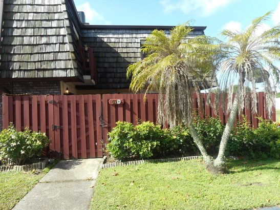 Townhouse, 2 Story - West Melbourne, FL