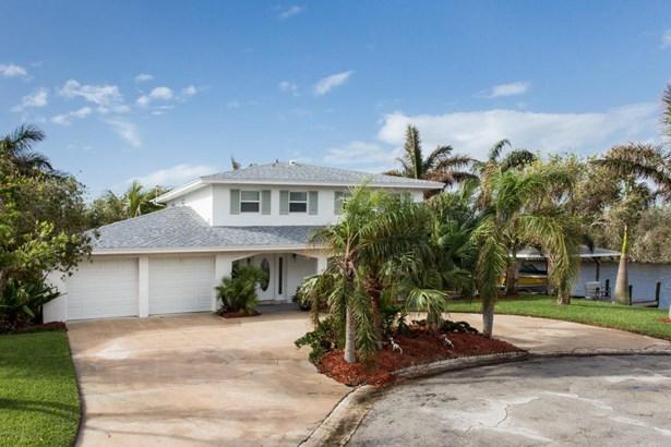 Single Family Detached, 2 Story - Satellite Beach, FL (photo 1)