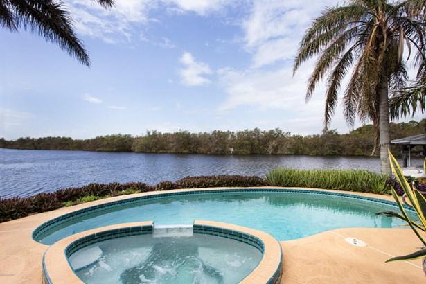 Single Family Detached, 2 Story - Satellite Beach, FL (photo 2)