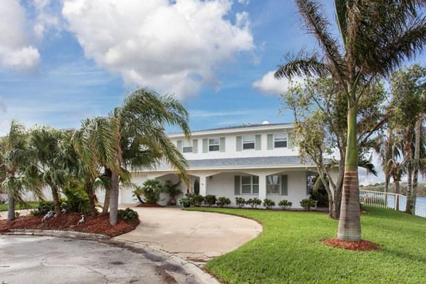 Single Family Detached, 2 Story - Satellite Beach, FL (photo 3)