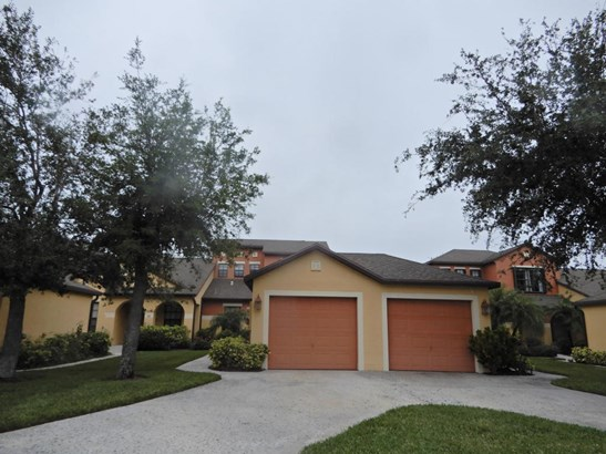 Townhouse, 2 Story - Melbourne, FL (photo 1)