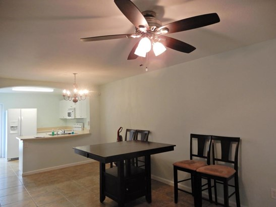 Townhouse, 2 Story - Melbourne, FL (photo 4)