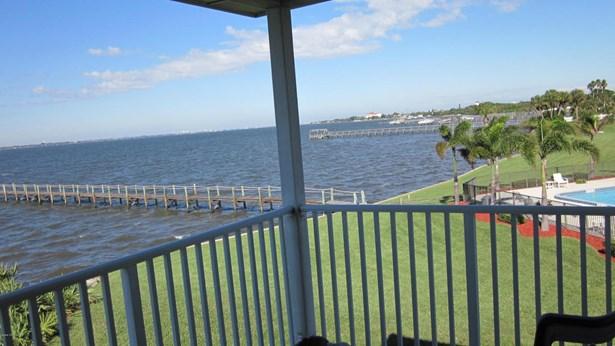 Condo, 2 Story - Melbourne Beach, FL (photo 3)