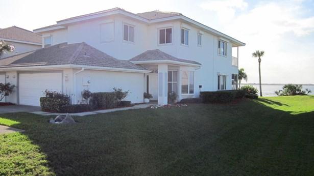 Condo, 2 Story - Melbourne Beach, FL (photo 5)