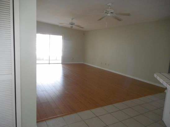1 Story, Half Duplex - Melbourne, FL (photo 4)