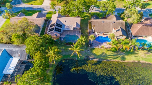 Single Family Detached, 1 Story - Palm Shores, FL (photo 5)