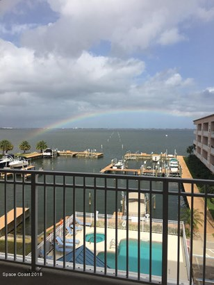 Condominium, 3+ Stories - Merritt Island, FL (photo 1)