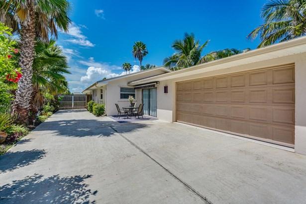 Single Family Detached, 1 Story - Melbourne Beach, FL (photo 4)