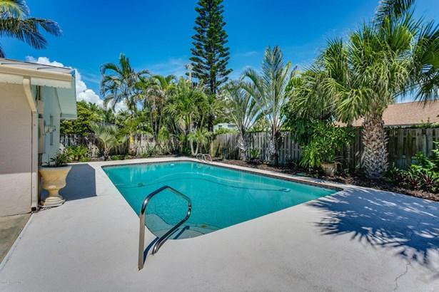 Single Family Detached, 1 Story - Melbourne Beach, FL (photo 5)