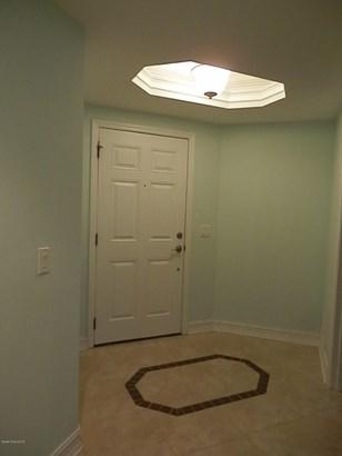 Condominium, 3+ Stories - Titusville, FL (photo 2)