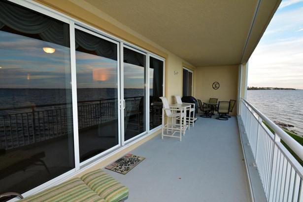 Condominium, 3+ Stories - Palm Bay, FL (photo 4)