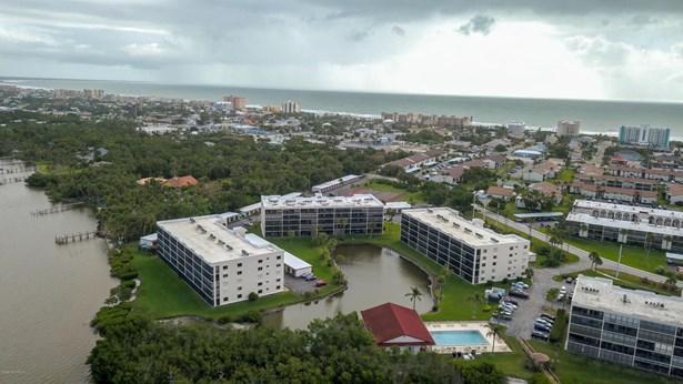 1 Story, Condominium - Cape Canaveral, FL (photo 1)