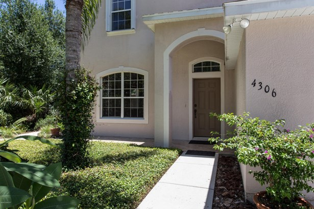 Single Family Detached, 2 Story - Palm Bay, FL (photo 3)