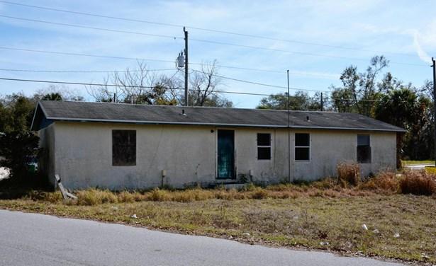 1 Story, Half Duplex - Mims, FL (photo 4)