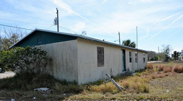 1 Story, Half Duplex - Mims, FL (photo 5)