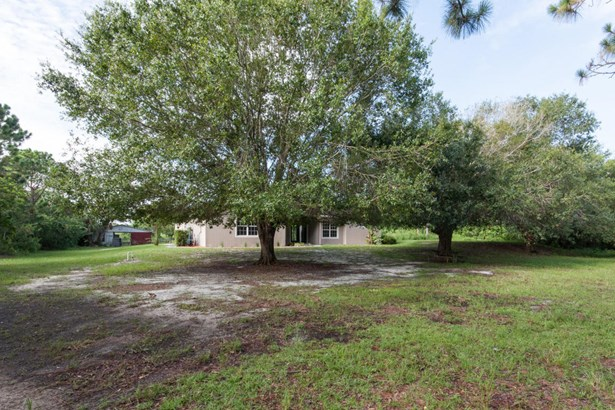 Single Family Detached, 1 Story - Grant Valkaria, FL (photo 2)
