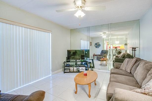 1 Story, Condominium - Melbourne, FL (photo 4)