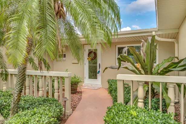 Single Family Detached, 1 Story - Satellite Beach, FL (photo 2)