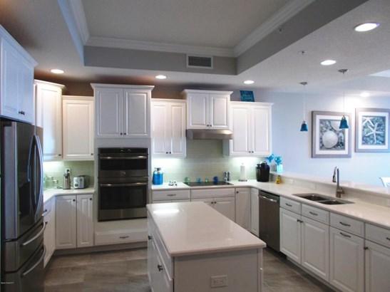 Condominium, 3+ Stories - Indialantic, FL (photo 5)