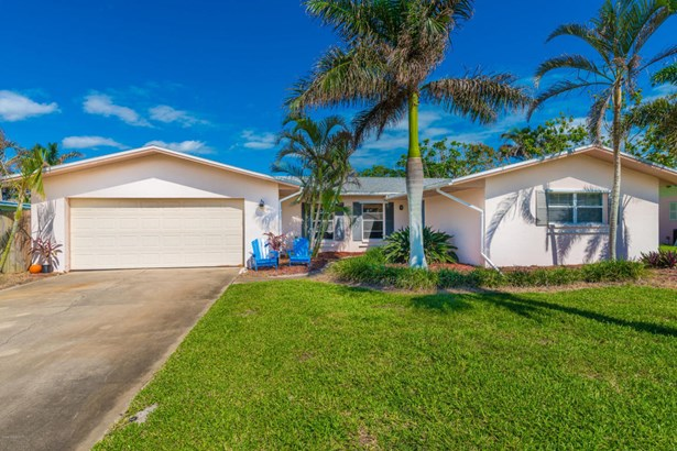Single Family Detached, 1 Story - Melbourne Beach, FL (photo 4)