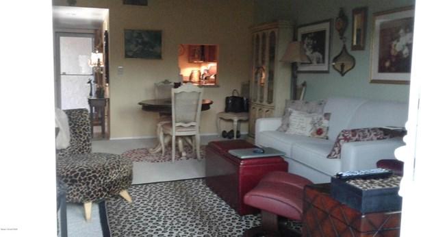 Condominium, 3+ Stories - Melbourne, FL (photo 2)