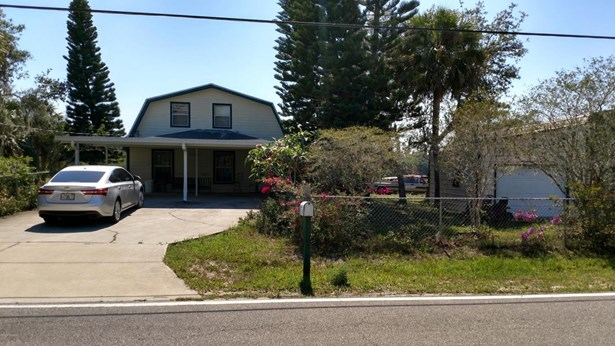 Single Family Detached, 2 Story - Mims, FL (photo 1)