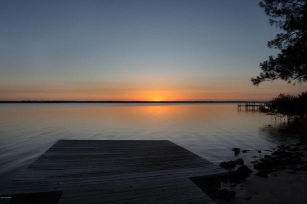 Single Family Detached, 2 Story - Merritt Island, FL (photo 1)