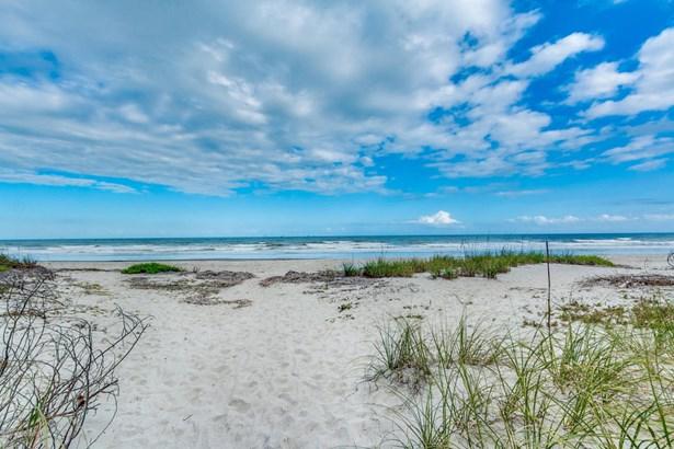 Condominium, 3+ Stories - Cocoa Beach, FL (photo 4)