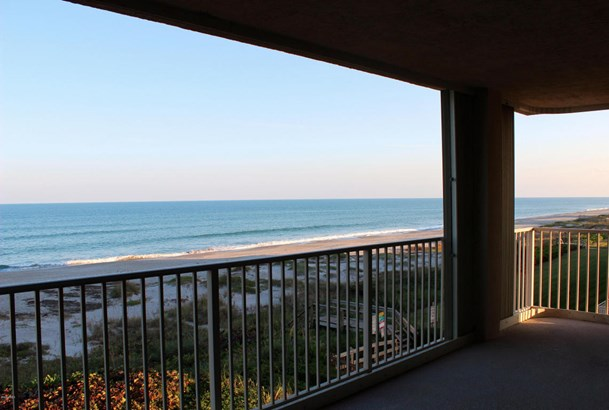 Condominium, 3+ Stories - Cocoa Beach, FL (photo 2)