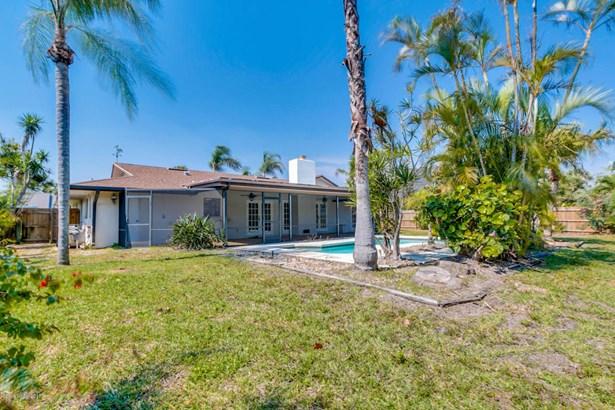 Single Family Detached, 1 Story - Satellite Beach, FL (photo 3)