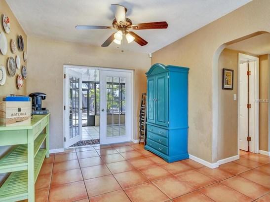 4001 West Fig Street, Tampa, FL - USA (photo 5)