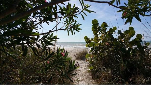 15405 Gulf Boulevard, Madeira Beach, FL - USA (photo 4)