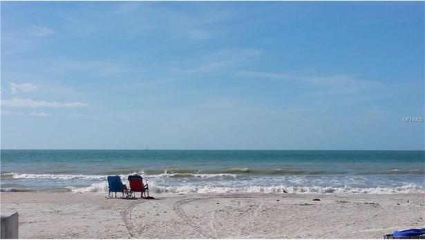 15405 Gulf Boulevard, Madeira Beach, FL - USA (photo 5)