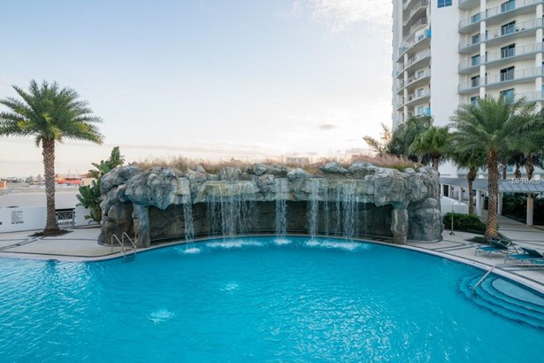 1209 East Cumberland Avenue 1701, Tampa, FL - USA (photo 3)