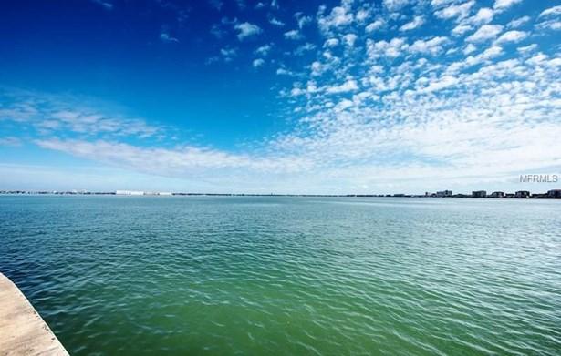 495 41st Avenue, St. Petersburg Beach, FL - USA (photo 4)
