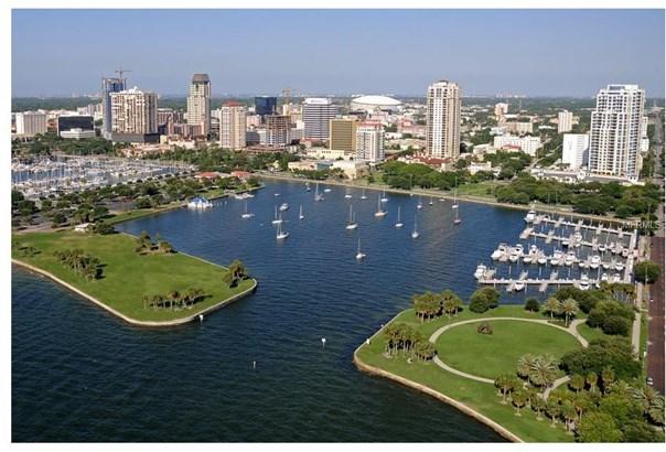 400 Beach Drive North East 201, St. Petersburg, FL - USA (photo 5)