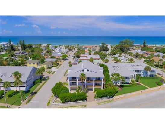 1104 Pass A Grille Way, St. Petersburg Beach, FL - USA (photo 1)