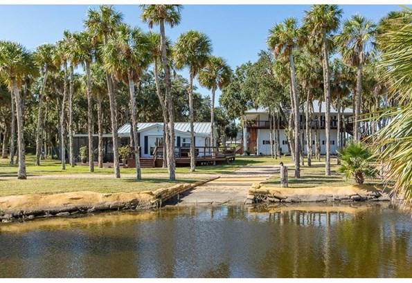 10492 Pine Island Drive, Weeki Wachee, FL - USA (photo 3)