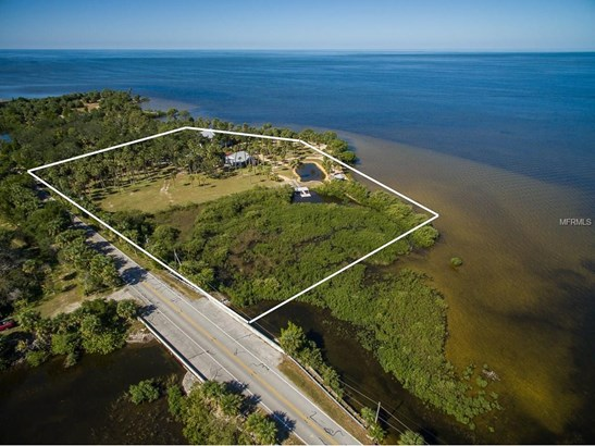 10492 Pine Island Drive, Weeki Wachee, FL - USA (photo 4)
