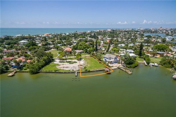 15811 Redington Drive, Redington Beach, FL - USA (photo 3)