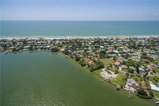 15811 Redington Drive, Redington Beach, FL - USA (photo 5)