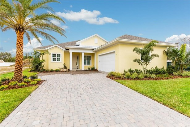 2977 Breezy Meadows Drive, Clearwater, FL - USA (photo 2)