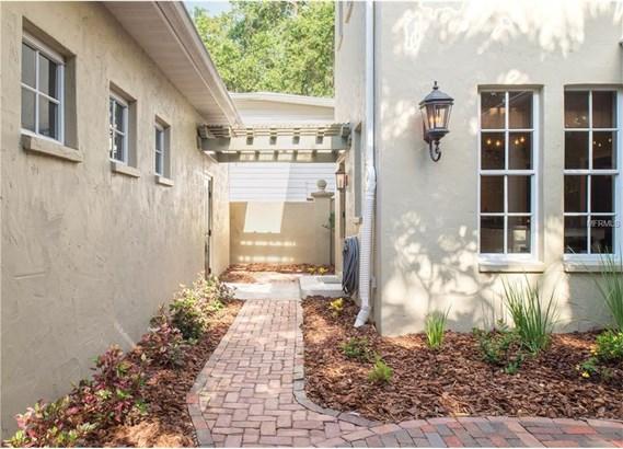 3300 West Villa Rosa Street, Tampa, FL - USA (photo 4)