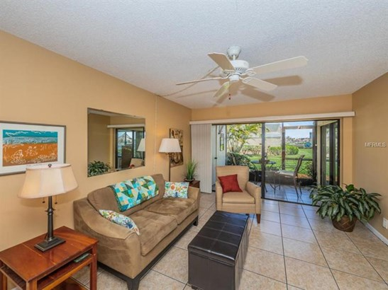 6158 Palma Del Mar Boulevard South 102, St. Petersburg, FL - USA (photo 3)