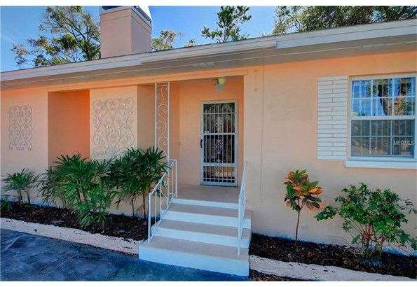 751 4th Avenue South West, Largo, FL - USA (photo 3)