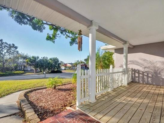 311 Orangewood Lane, Largo, FL - USA (photo 2)