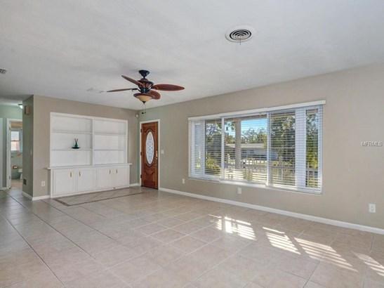 311 Orangewood Lane, Largo, FL - USA (photo 3)