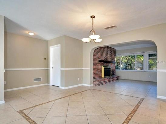 311 Orangewood Lane, Largo, FL - USA (photo 5)